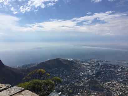 Ausblick auf den Ozean & Kapstadt